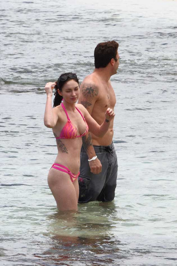 Megan Fox is Pretty in Pink