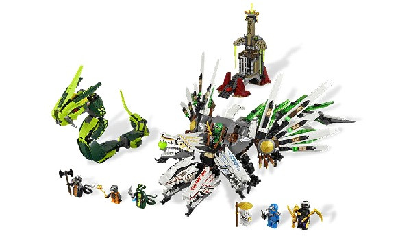 5 LEGO Sets That Make Us Totally Jealous of Children Dragon