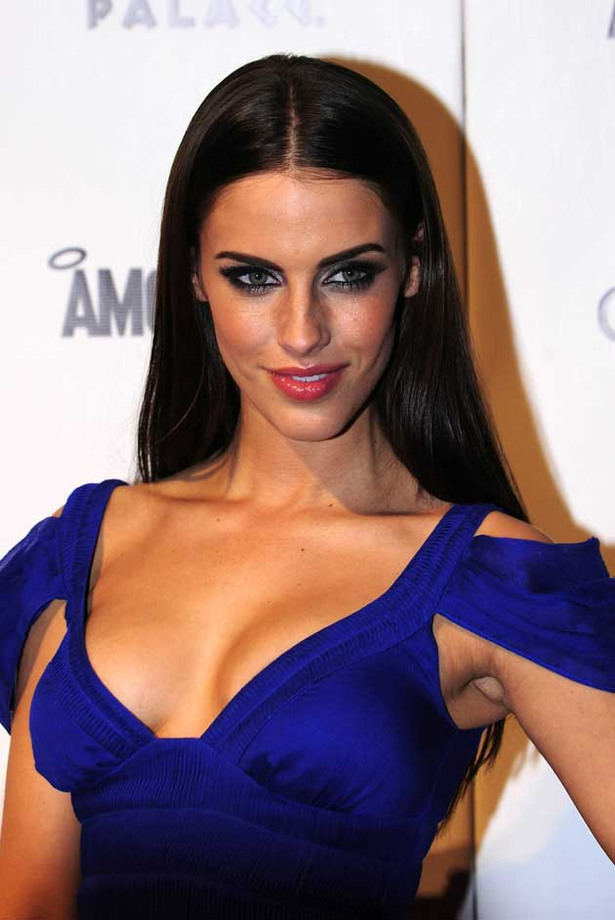 Jessica Lowndes Wants You to Eat Her Cupcakes