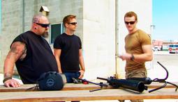 Grappling Hook Race: Ton Vs. A Green Beret